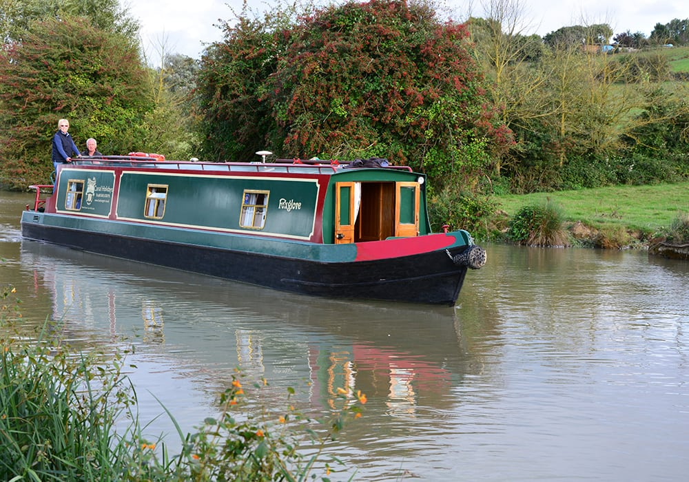 foxhangers Canal Boat Foxglove on the K&A
