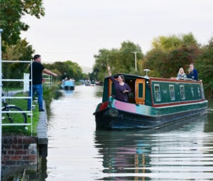 Friends enjoying a narrowboat hire break in wiltshire