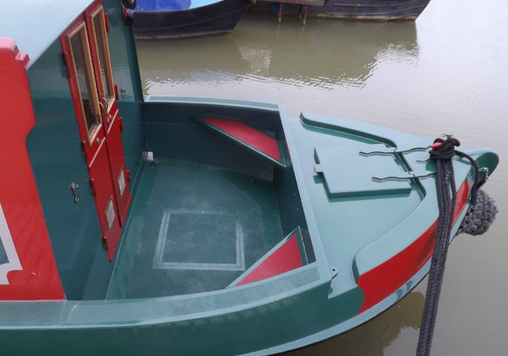 Lazy Fox Boat Page Bow deck