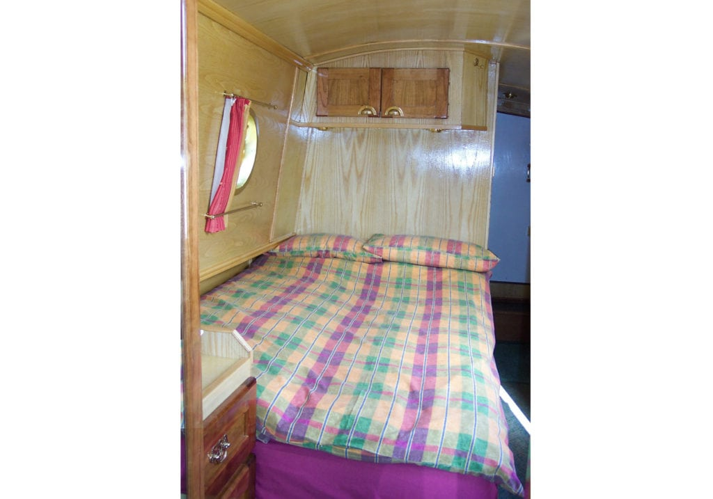 Foxtalbot boat page cabin