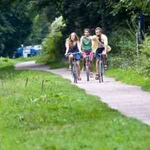 Things to go on the Kennet and Avon Canal - Cycling along the towpath