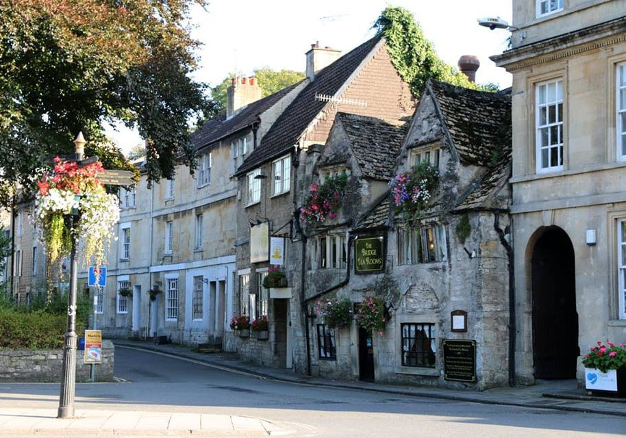 Visit bradford-on-avon on your hire boat holiday