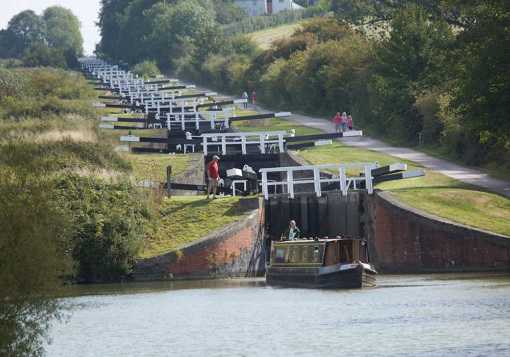 Visit Wiltshire Kennet and Avon Canal Holidays