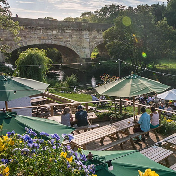 Avoncliff Aqueduct and riverside dining on the Kennet and Avon Canal
